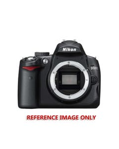 Nikon D5000 Digital SLR with Charger and Manual (Pre-Owned)